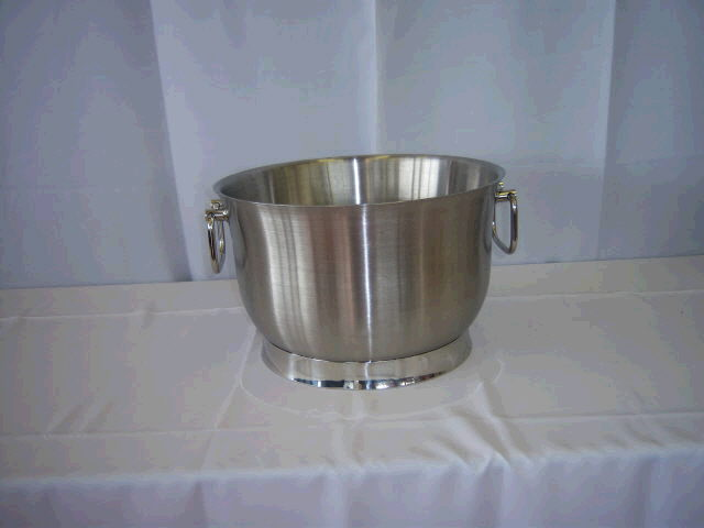 Where to find BUCKET STAINLESS in Medford